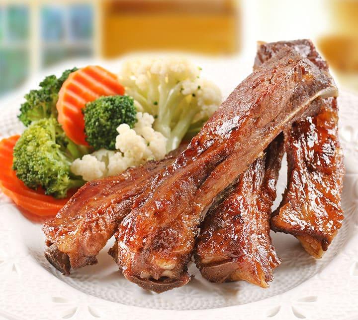 BBQ和風炭烤豬肋排_愛上鮮比臉還要大的牛排