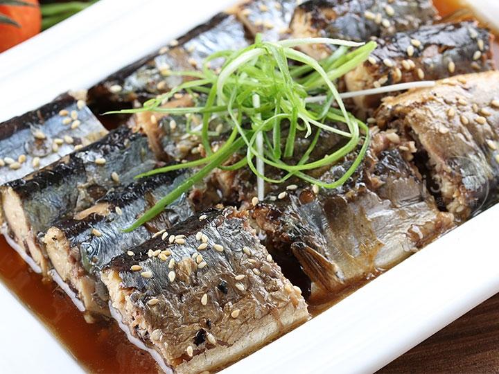 日酸菜 白肉 鍋式甘露煮秋刀魚/2尾裝